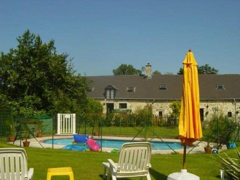 1 Of 3 Superb, Comfortable Gites Avec Piscine In The Mayenne ... pour Piscine Carpiquet