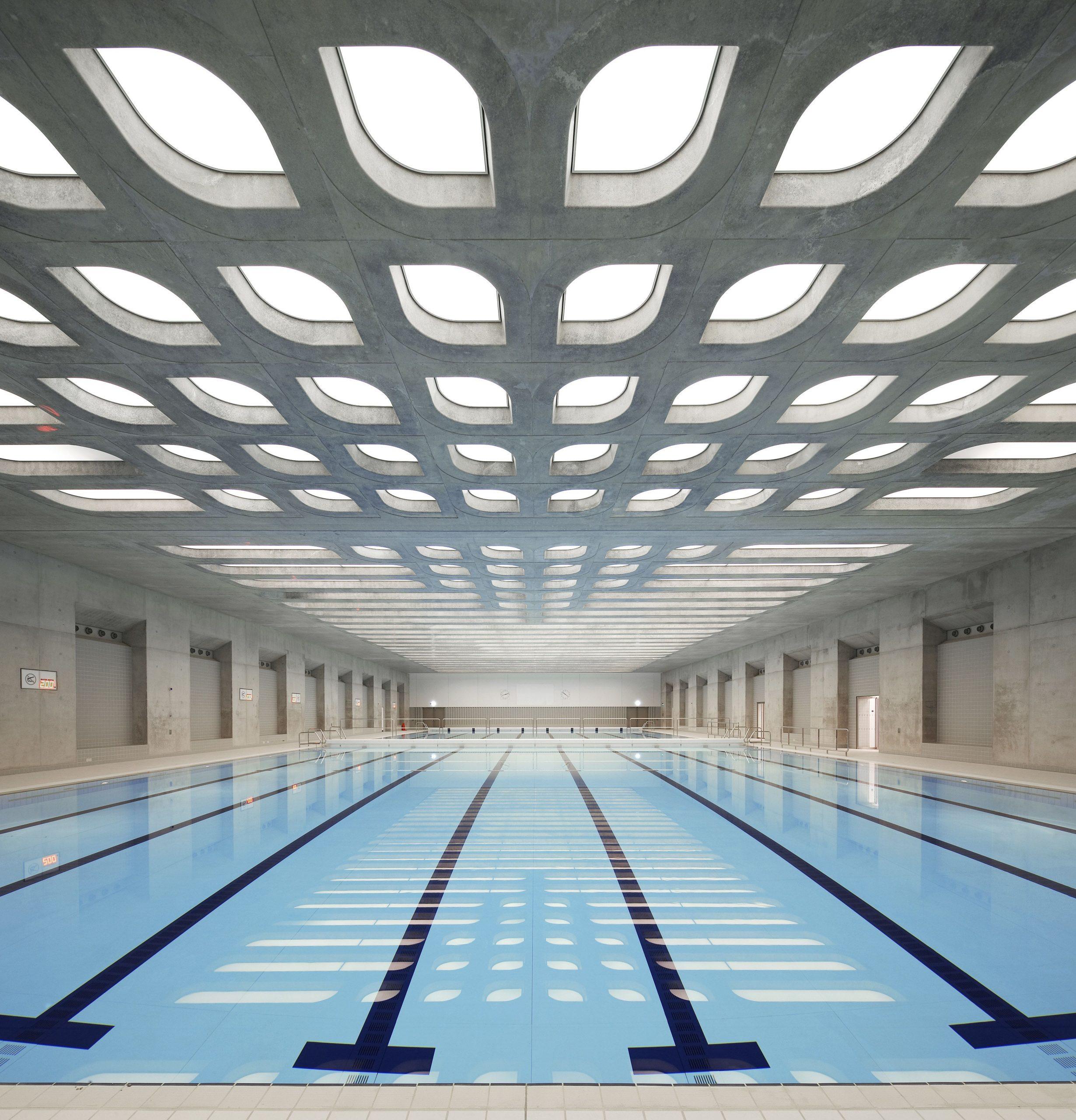 13 Striking Buildings By Zaha Hadid   Zaha Hadid Architects ... destiné Piscine Louvier