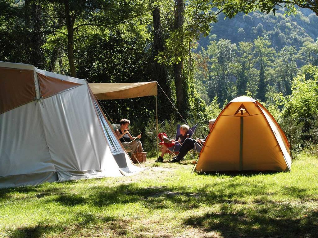 2 Fleurs - Camping Ariège Le Pré Lombard dedans Camping Ariège Avec Piscine
