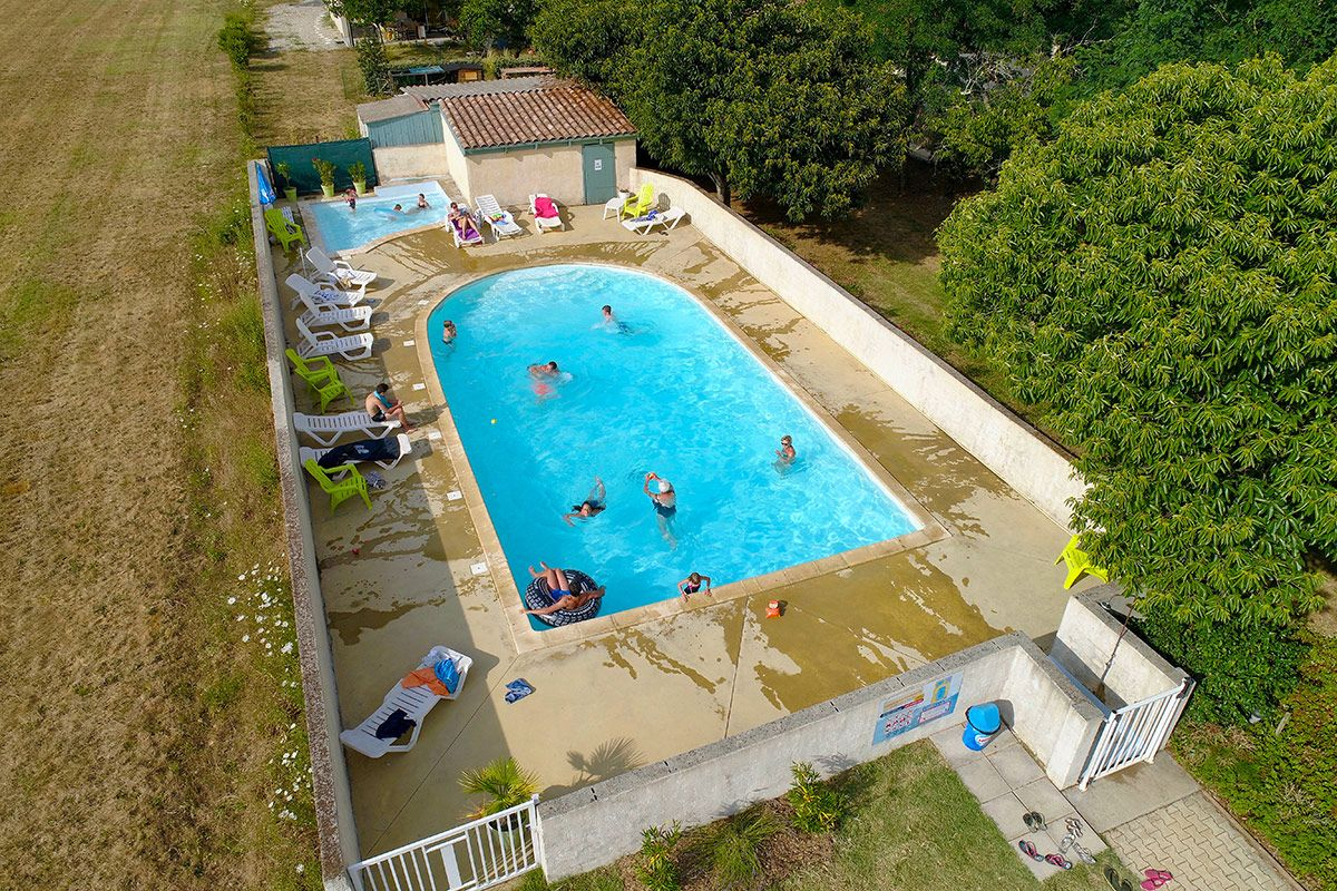 3 Star Campsite La Turelure With Swimming Pool, River, Water ... serapportantà Piscine Lablachere