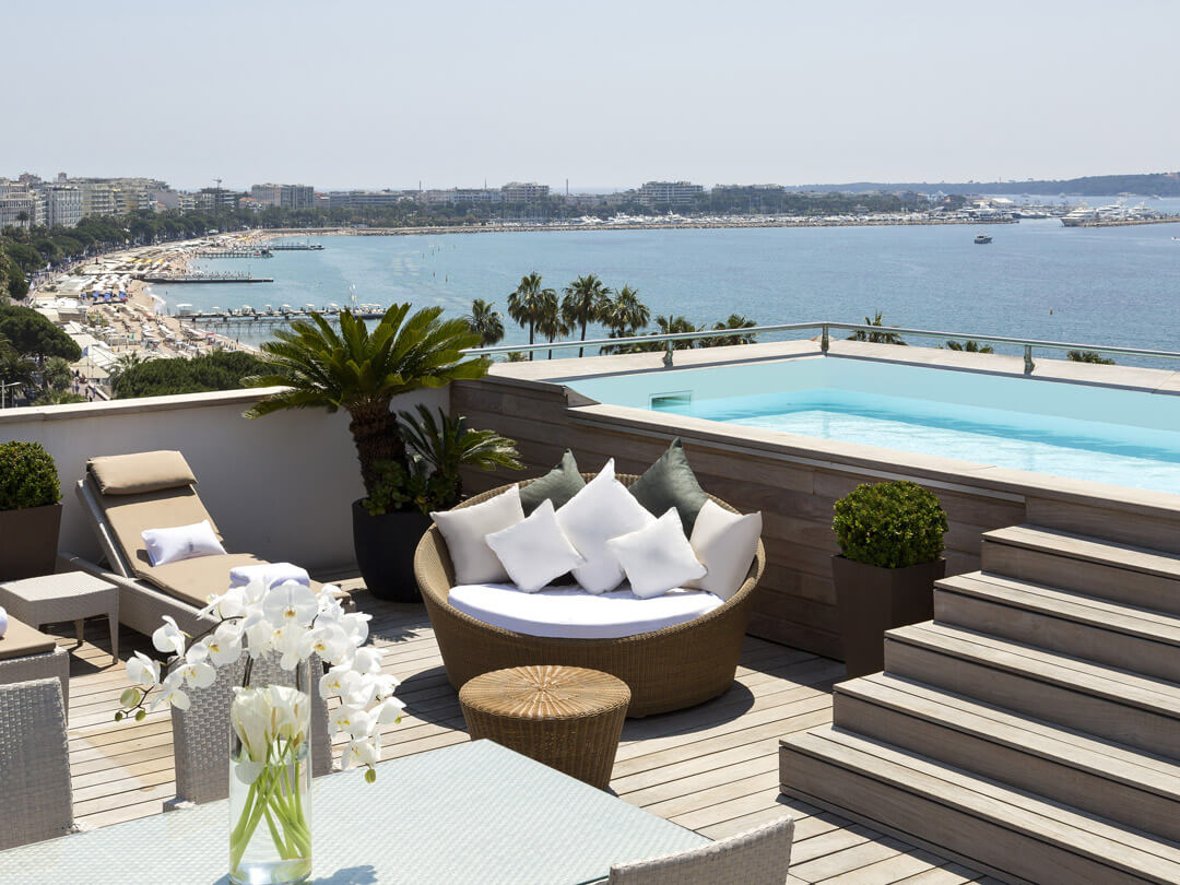 6 Superbes Hôtels Avec Piscine Privée Dans Votre Chambre En ... à Hotel Avec Piscine Normandie