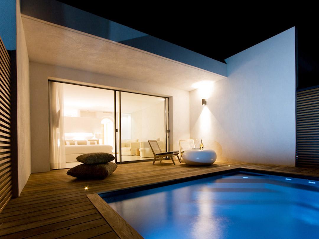 6 Superbes Hôtels Avec Piscine Privée Dans Votre Chambre En ... dedans Chambre D Hotel Avec Piscine Privée