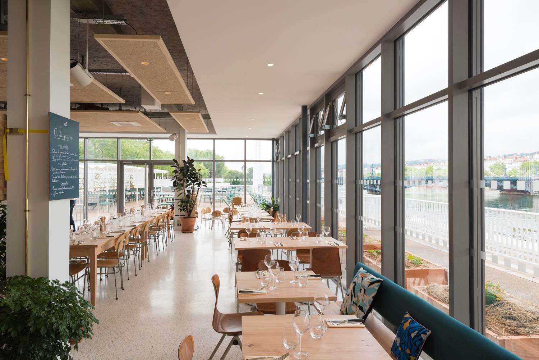 À La Piscine, Bar-Restaurant Avec Terrasse À Lyon - Heure ... destiné Piscine Lyon 3