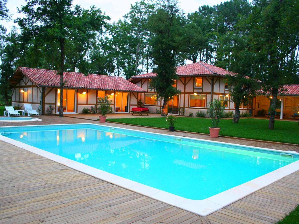 A Proximite De L'ocean Spacieuse Villa Pour 24 Personnes Avec Piscine  Chauffee - Azur à Location Villa Portugal Avec Piscine Pas Cher