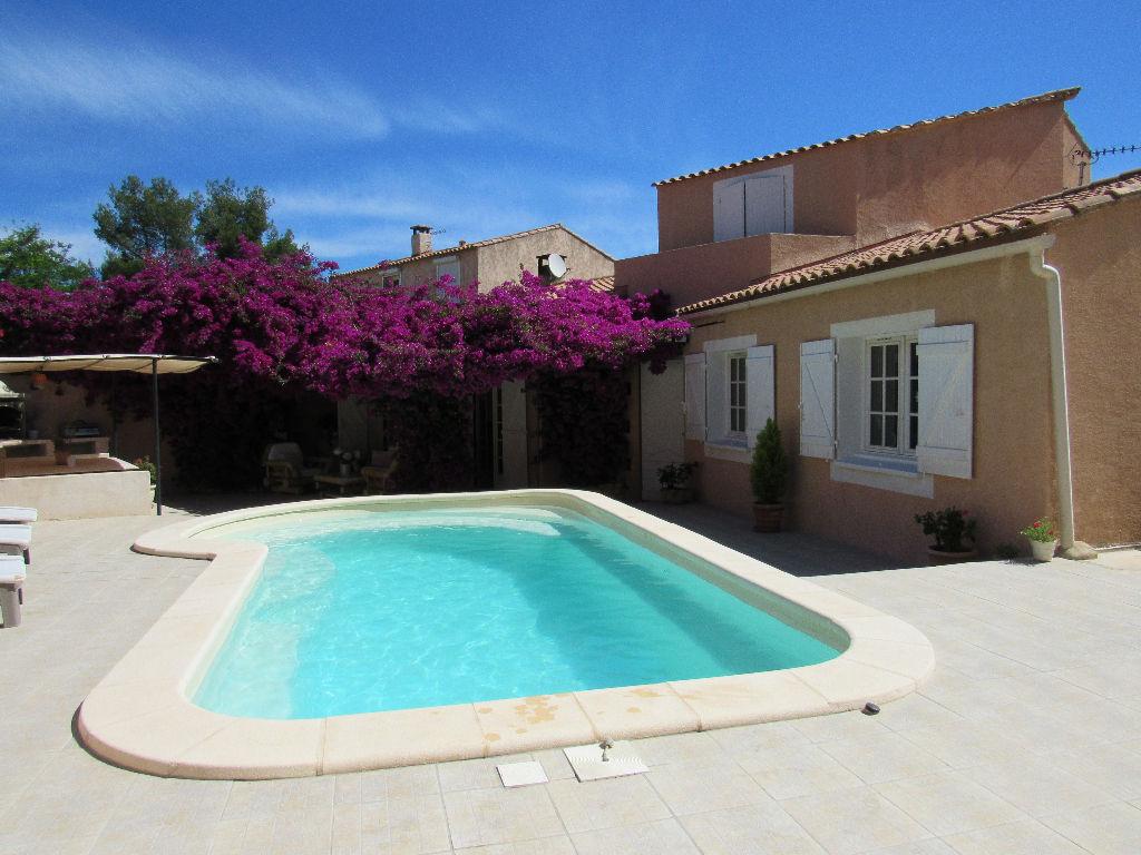 A Vendre A Sanary-Sur-Mer 83110 Une Maison F5 Avec Jardin ... serapportantà Maison A Vendre Avec Piscine