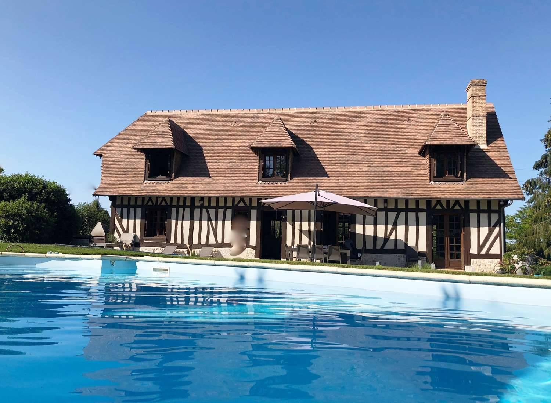 A Vendre Magnifique Maison De Style Normand Avec Piscine ... pour Maison A Vendre Avec Piscine
