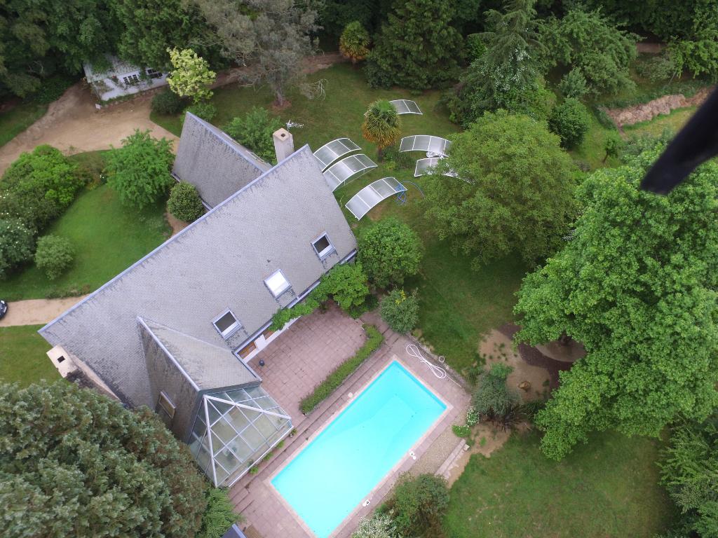 A Vendre Maison À Morlaix , 254 M², 299 250 €   Kreisker ... dedans Piscine Morlaix