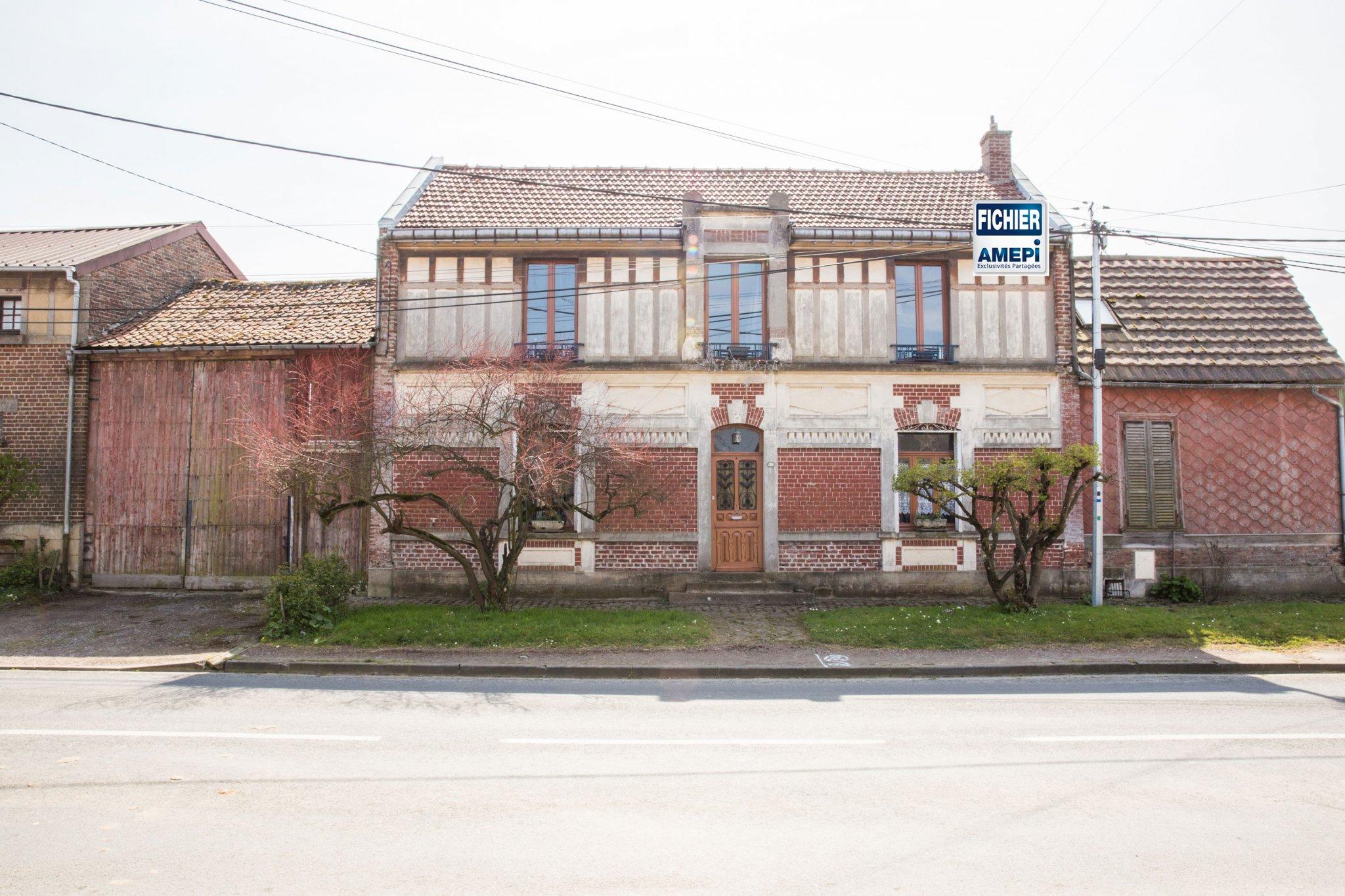 A Vendre - Maison À Vignacourt avec Piscine Doullens