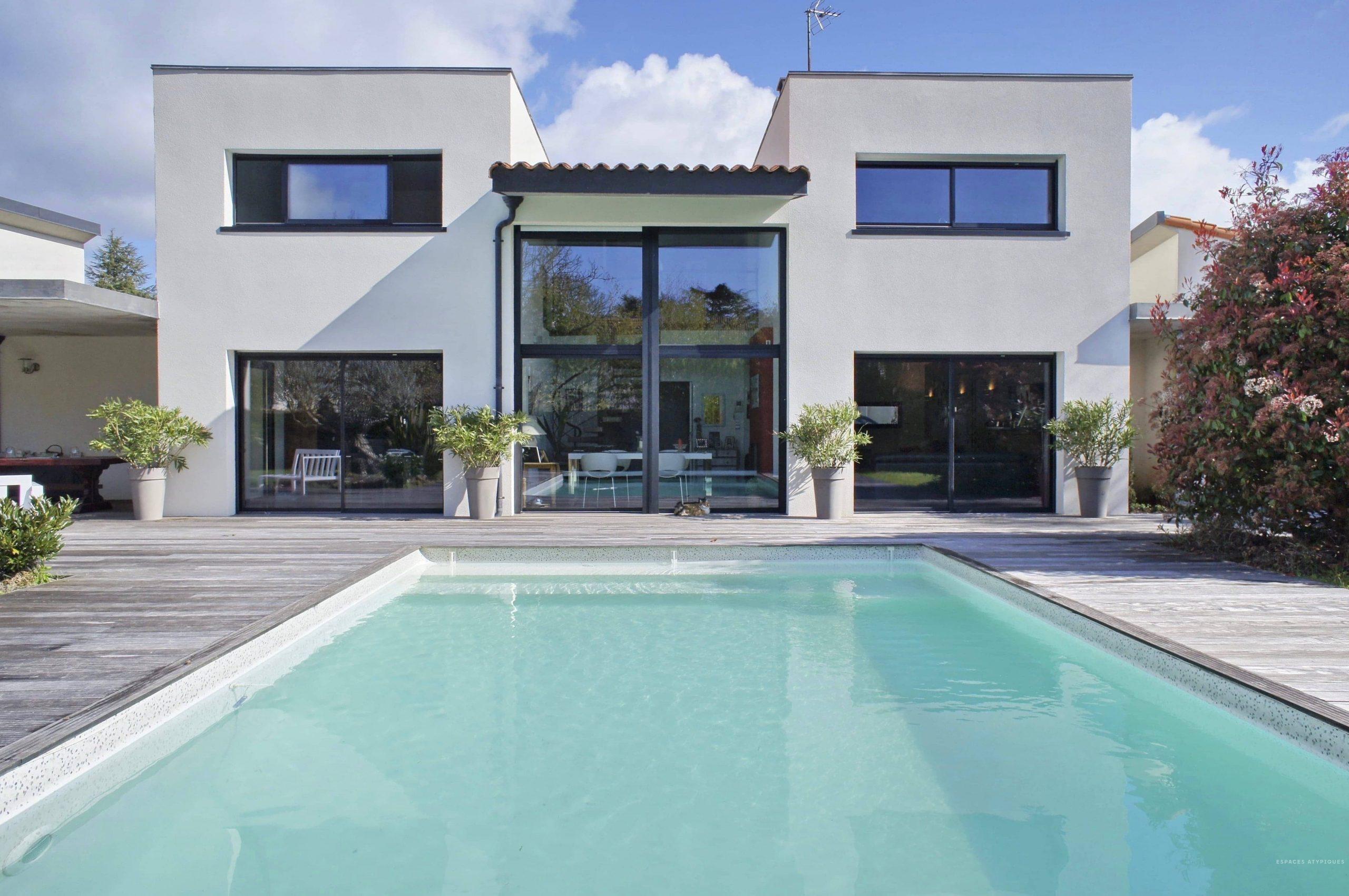 A Vendre - Superbe Maison Contemporaine Avec Piscine À Nantes avec Maison Avec Piscine A Vendre