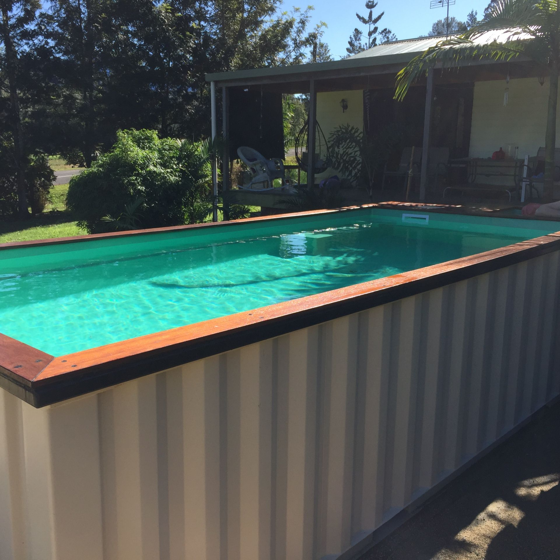 Above Ground Pool Made From A Recycled Shipping Container ... encequiconcerne Piscine Conteneur