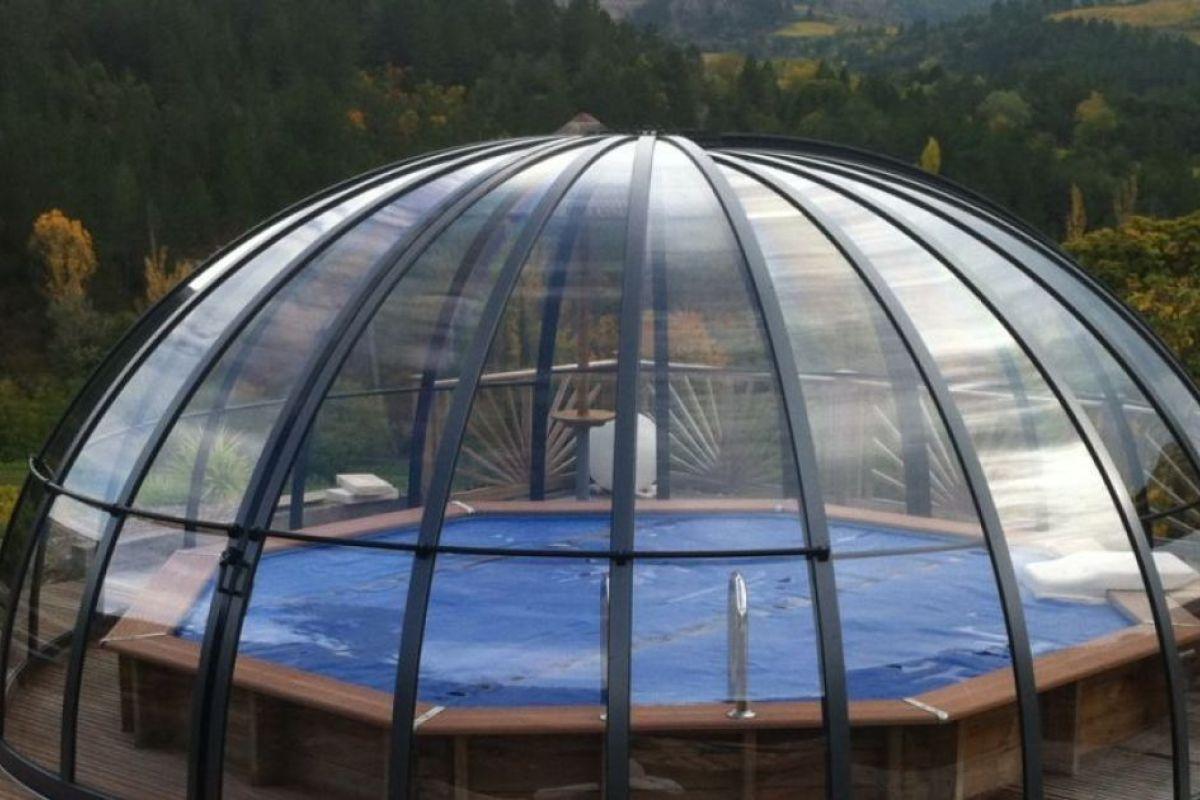 Abri De Piscine Dôme (Ou Circulaire) - Guide-Piscine.fr intérieur Dome Piscine Hors Sol