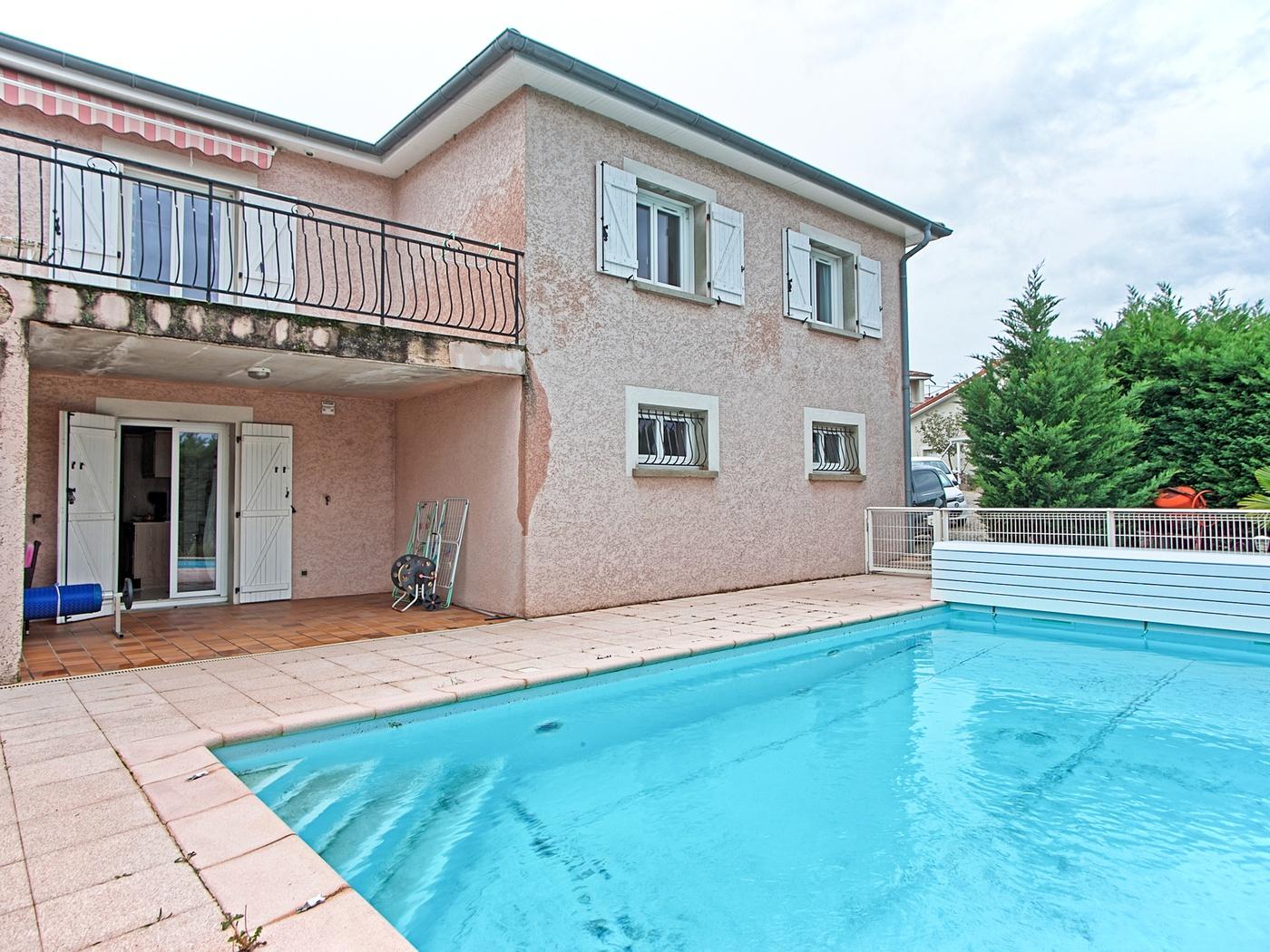 Achat Maison 160 M2 Givors (69700), 5 Pièces intérieur Piscine De Givors