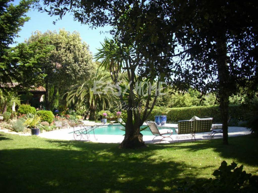 Achat Vente Villa De Charme Grasse Calme Domaine Residentiel ... concernant Piscine Grasse