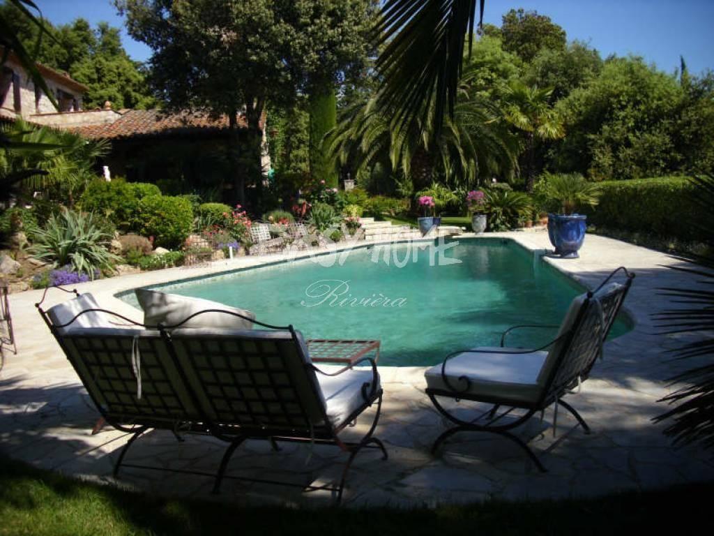 Achat Vente Villa De Charme Grasse Calme Domaine Residentiel ... encequiconcerne Piscine Grasse