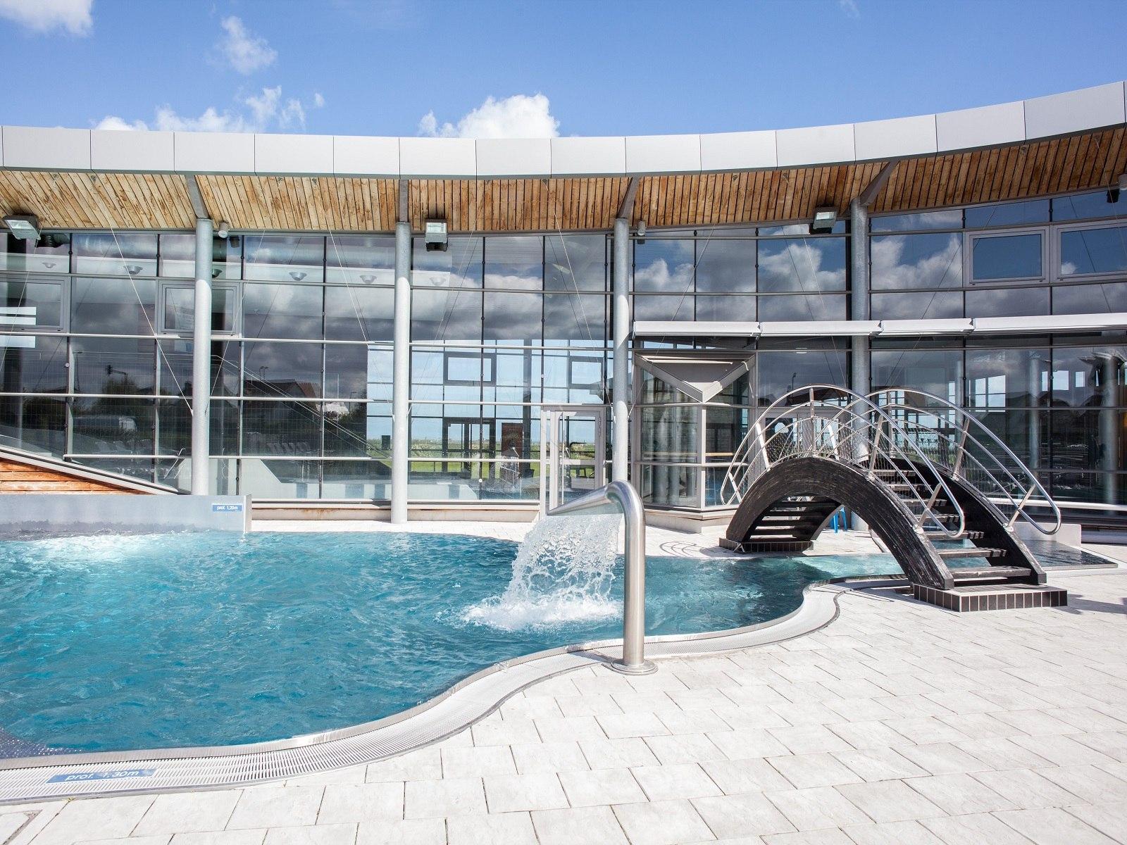 Activités - Aquanacre - Site Officiel De L'office De ... intérieur Piscine Douvres La Délivrande