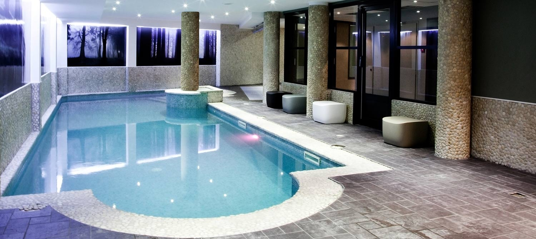 Agora Hotel Hyper Centre - Hotelroomsearch à Piscine Agora