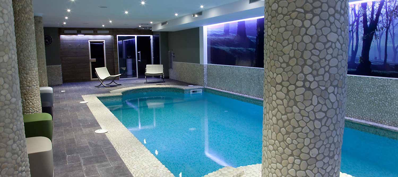 Agora Hotel Hyper Centre - Hotelroomsearch tout Piscine Agora