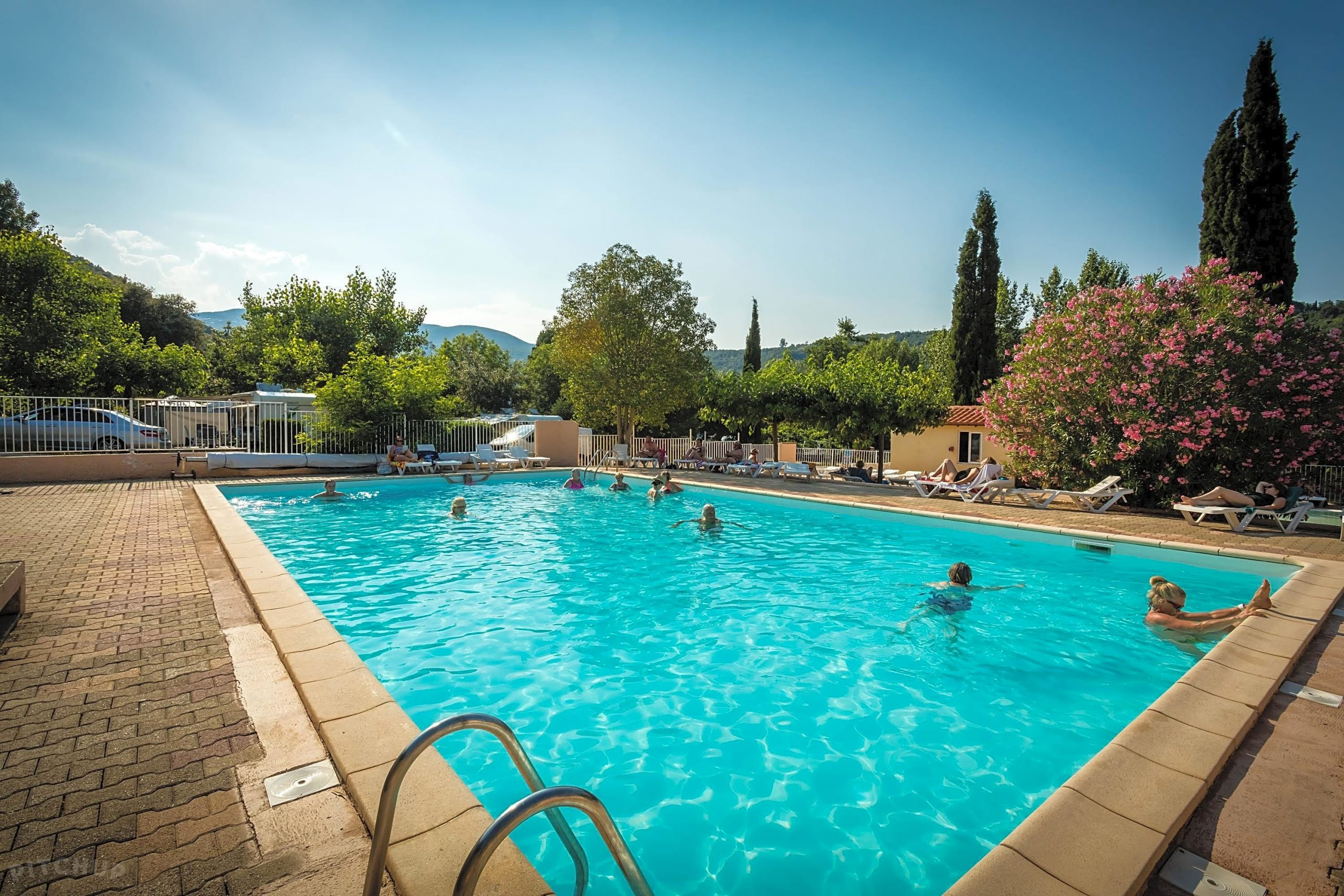 Aloha Camping Club, Reynès - Updated 2020 Prices - Pitchup® à Aloha Piscine