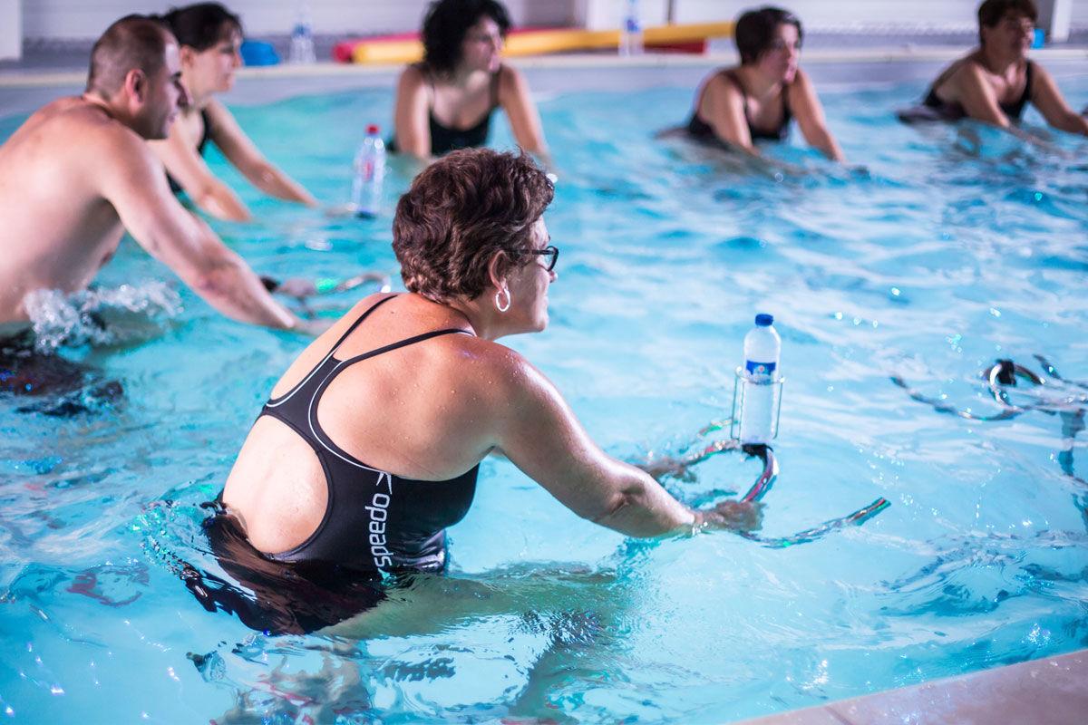 Aloha Piscine À Saintes : A Quagym, Aquabike, Leçons De Natation dedans Aloha Piscine