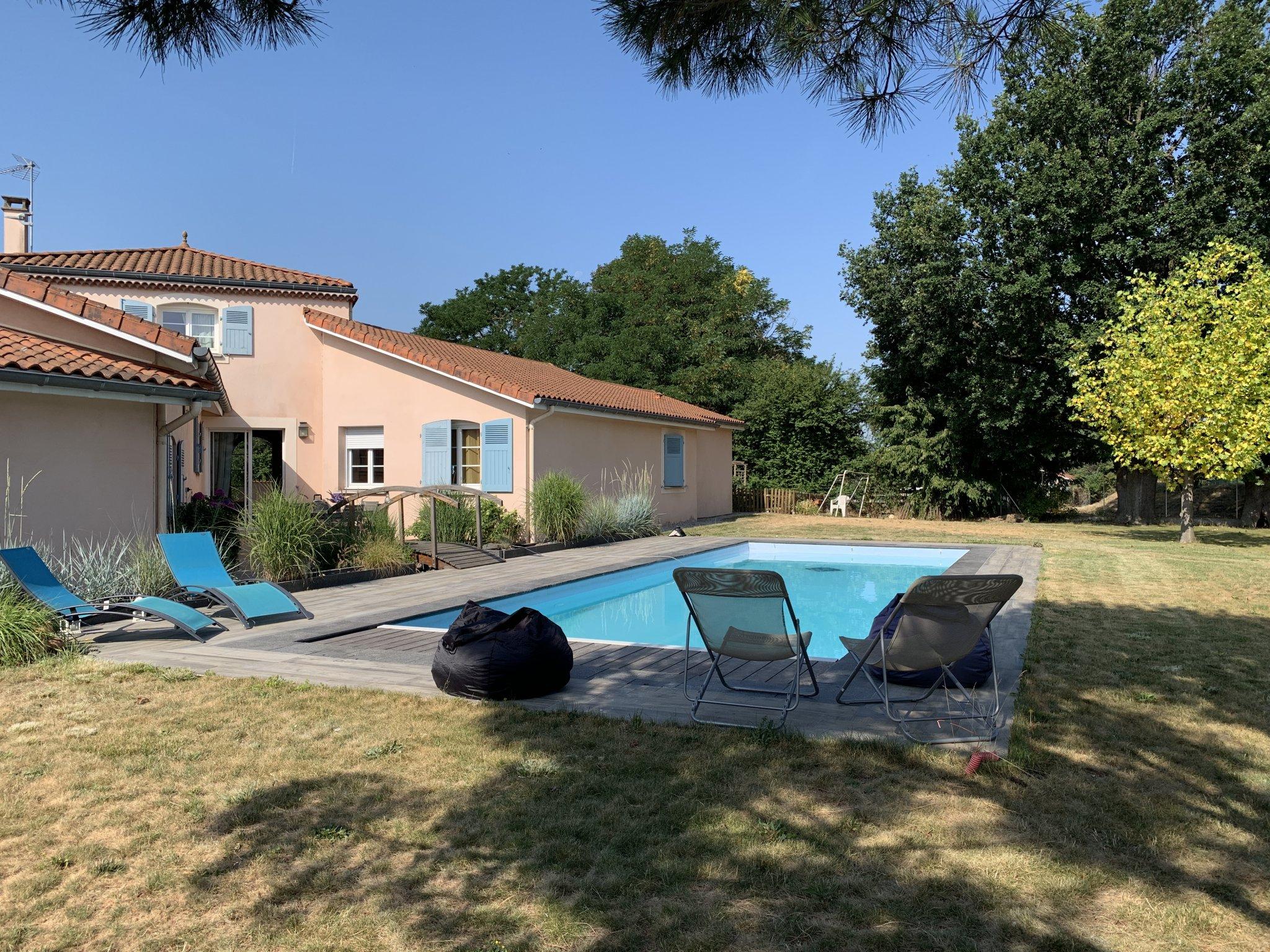 Andrezieux Bouthéon Maison De Plein Pied Avec Piscine 428.000€ concernant Piscine Andrezieux