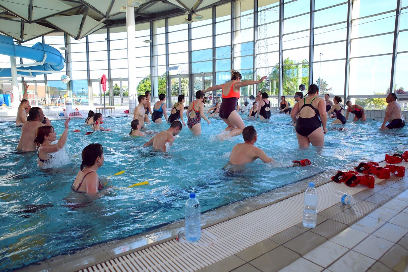 Animations : Circuit Training Et Aquabike : Mairie De Niort serapportantà Piscine Chauray