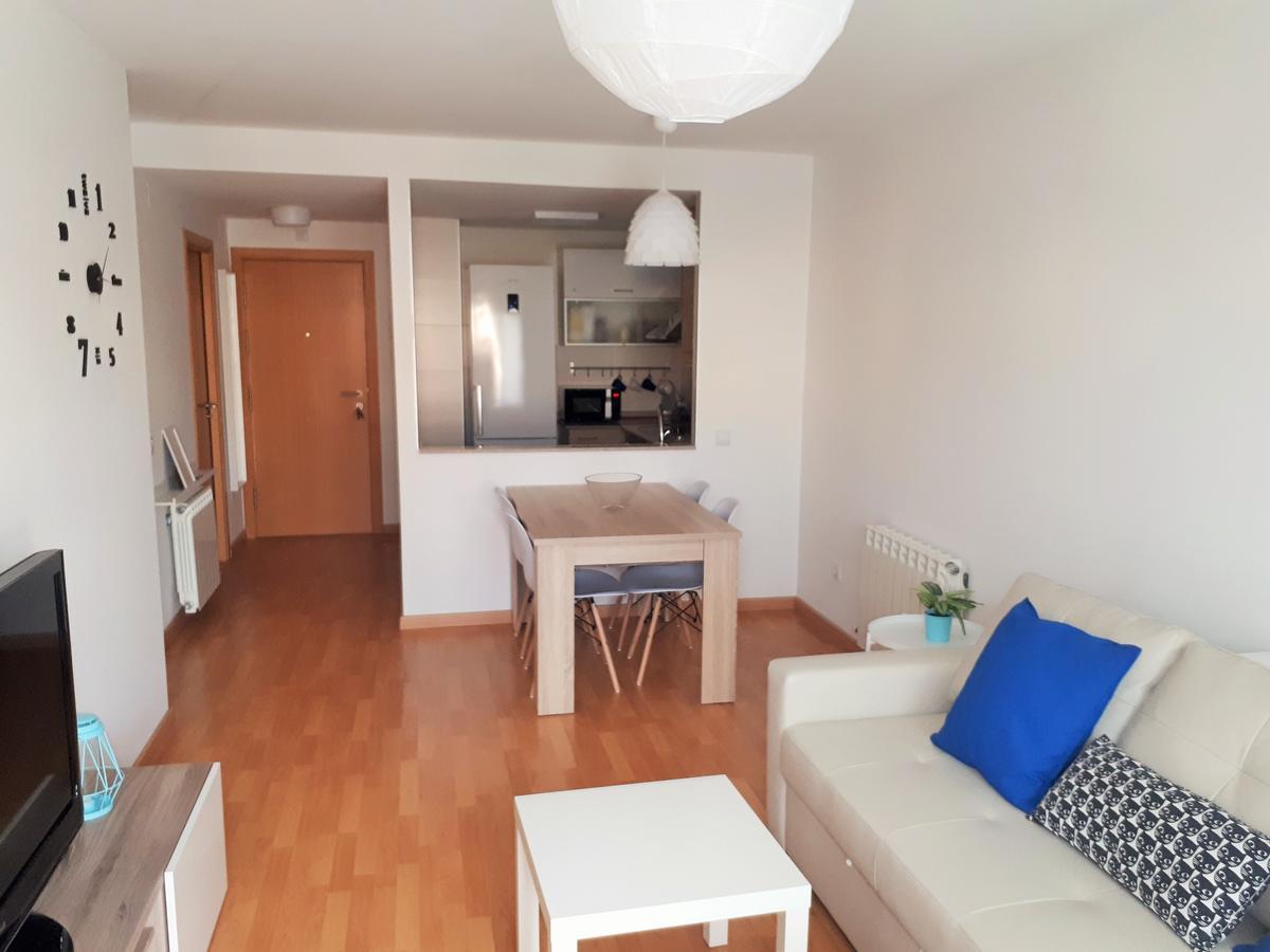 Apartment Dpass Pel Segre, Balaguer, Spain - Booking pour Piscine Segré