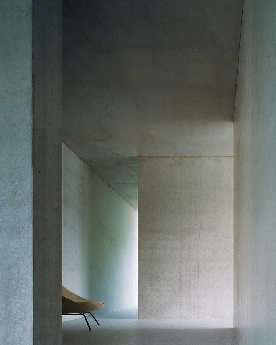 Apartment House Forsterstrasse Zurich / Christian Kerez ... pour Piscine De La Hardt