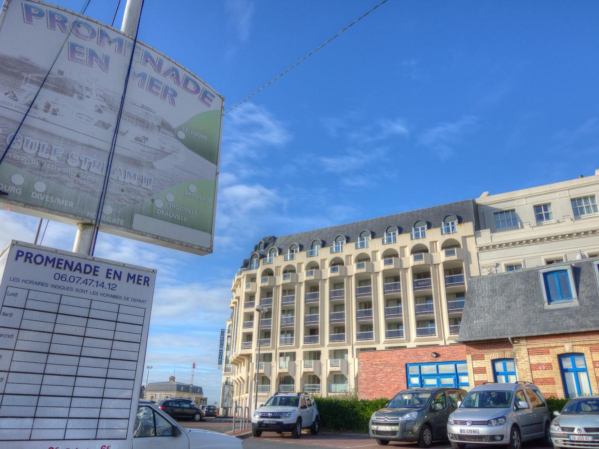 Apartment Le Beach, Trouville-Sur-Mer, France - Booking avec Horaires Piscine Deauville