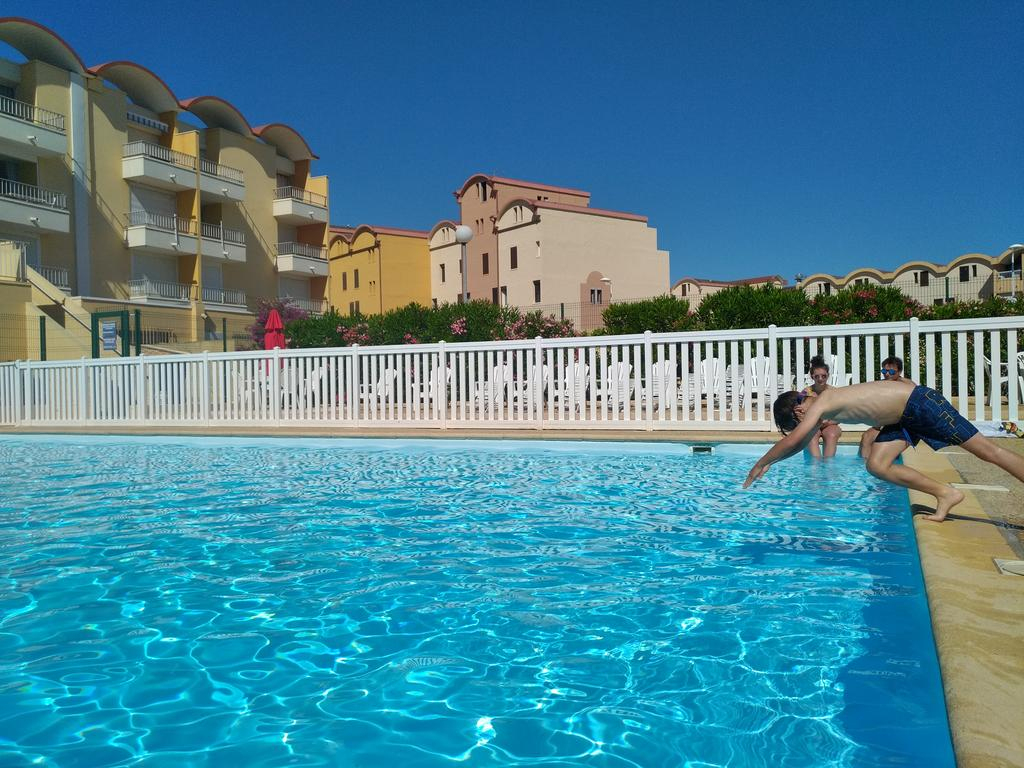 Apartment Logis 149, Gruissan, France - Booking tout Piscine Gruissan