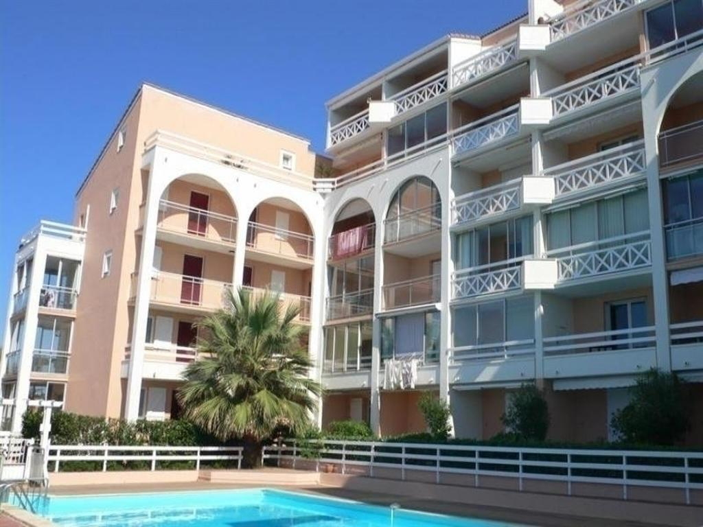 Apartment Studio Cabine Dans Résidence Avec Piscine, Sète ... tout Piscine Sete