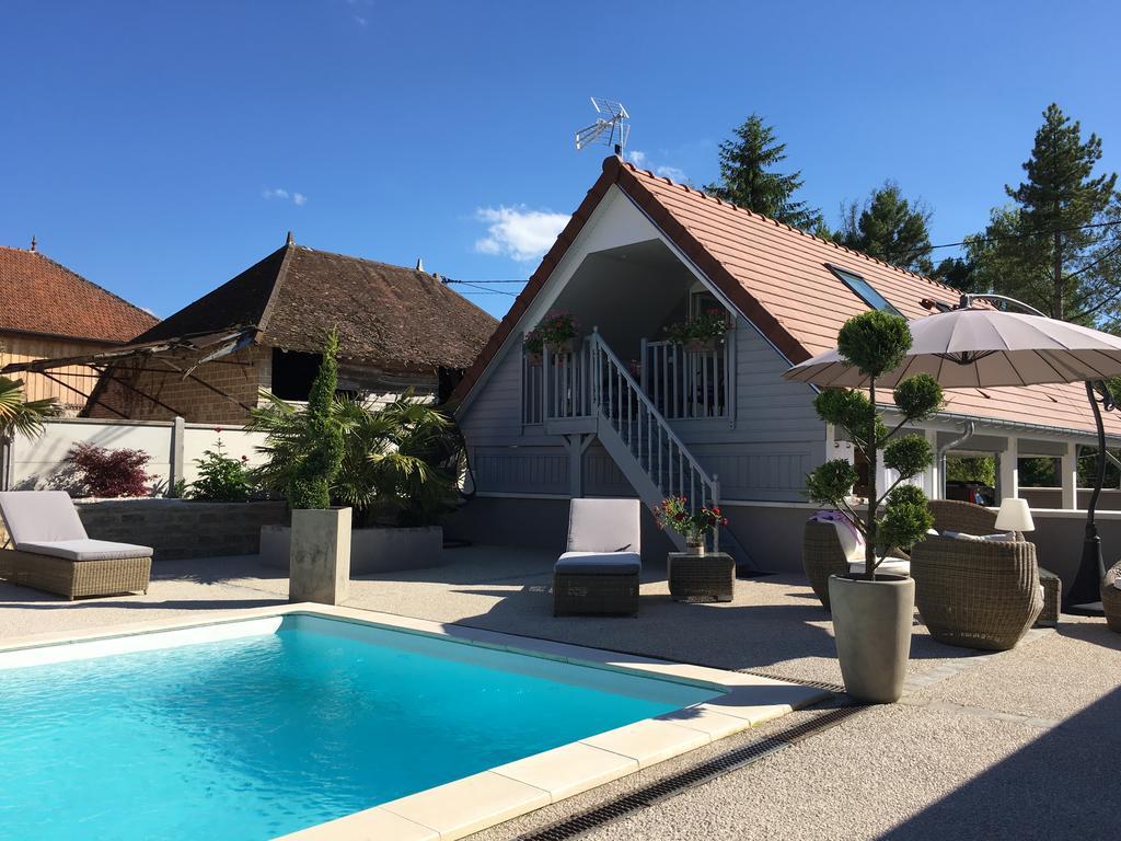Appartement Avec Piscine De La Croix, Villechétif, France ... dedans Hotel Avec Piscine Ile De France