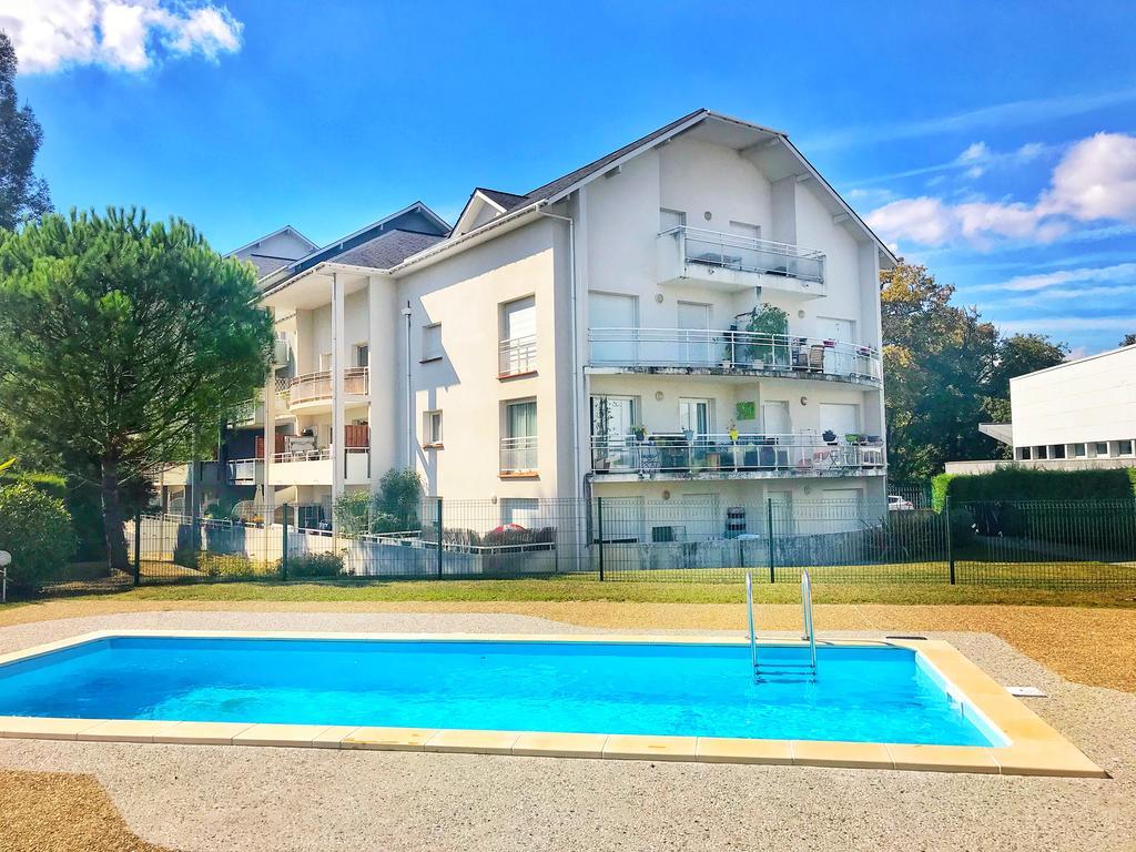 Appartement Balcon Et Piscine Pau, Billère, France - Booking destiné Piscine Billere