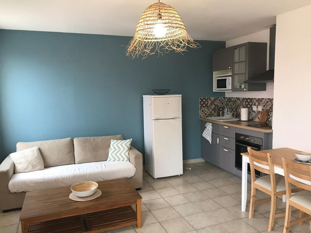 Appartement Chaleureux Piscine, Parking, Proche Intra ... encequiconcerne Cash Piscine Avignon