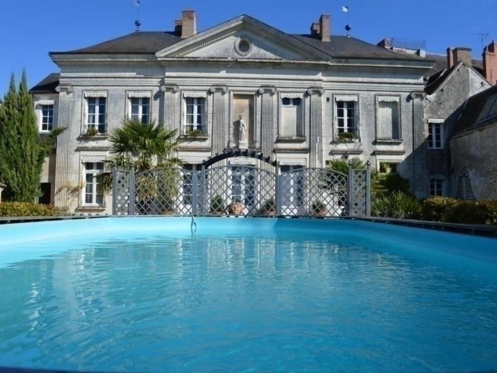 Appartement Le Palladio, Appartement Châtillon Sur Indre serapportantà Piscine Chatillon Sur Indre