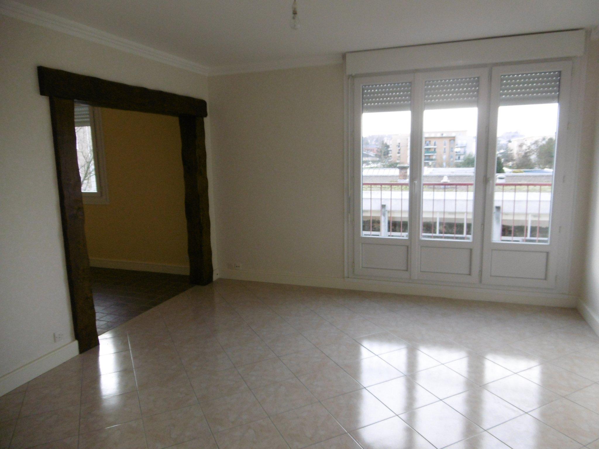 Appartement T5 Coulaines intérieur Piscine De Coulaines