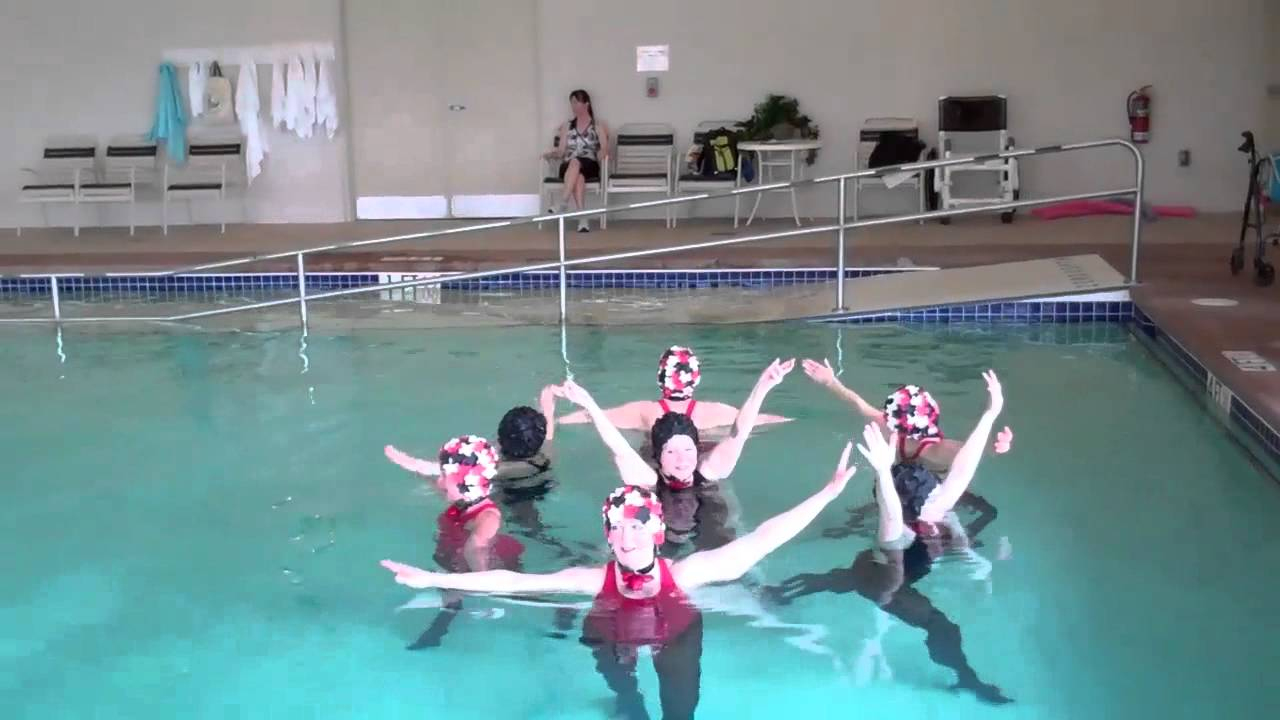 Aquadettes: This Famous Group Of Senior Synchronous Swimmers ... avec Piscine Thiolettes