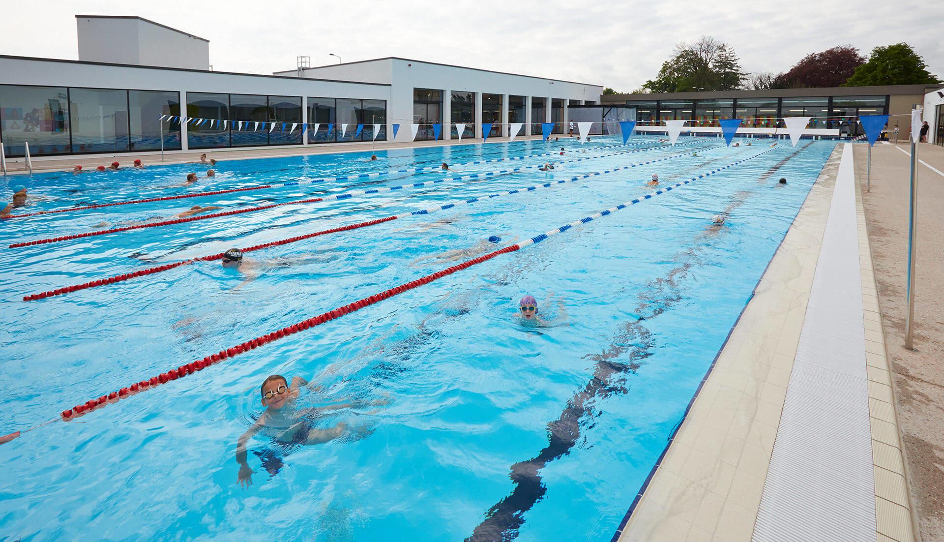 Aqualun' : Centre De Loisirs Aquatiques À Lunéville (54) à Piscine Ouverte Aujourd Hui