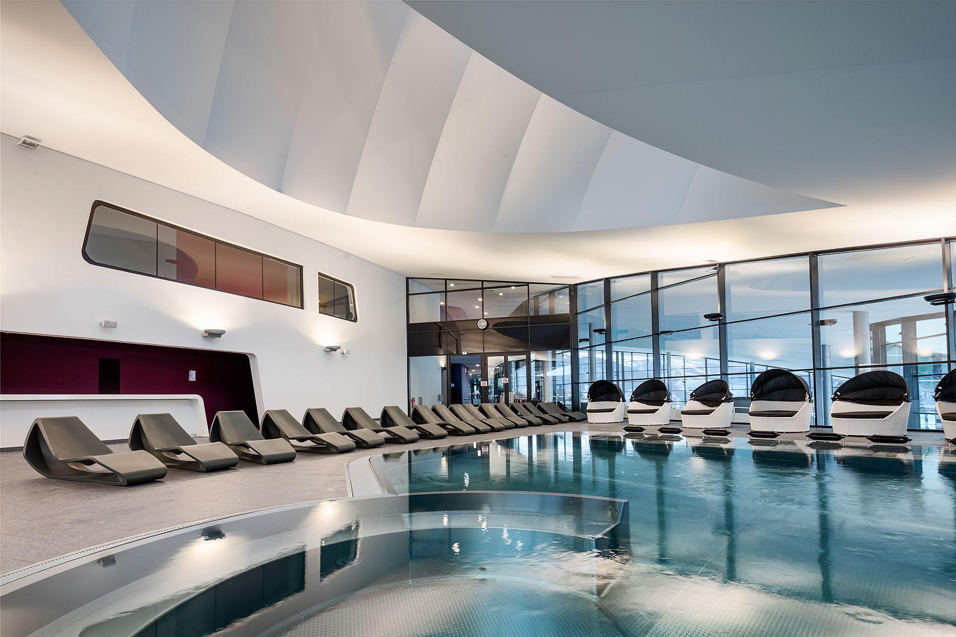 Aquamotion | Piste De Danse, Spa Et Balneo intérieur Piscine Plus Le Cres