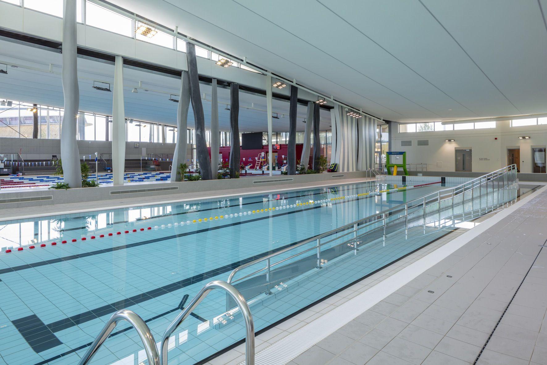 Aquaparc : Plongee Dans Le Nouveau Centre Aquatique De Saint ... destiné Piscine St Nazaire