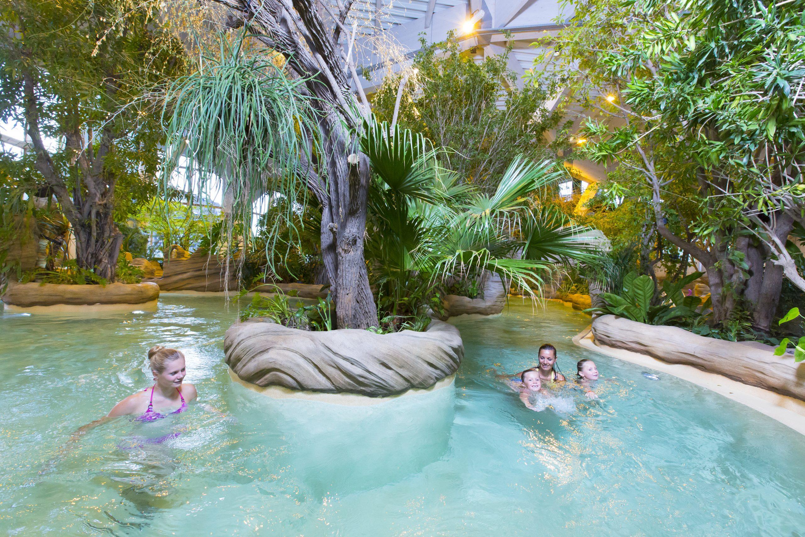 Aquariaz : Parc Aquatique Portes Du Soleil, Station De Ski ... intérieur Avoriaz Piscine