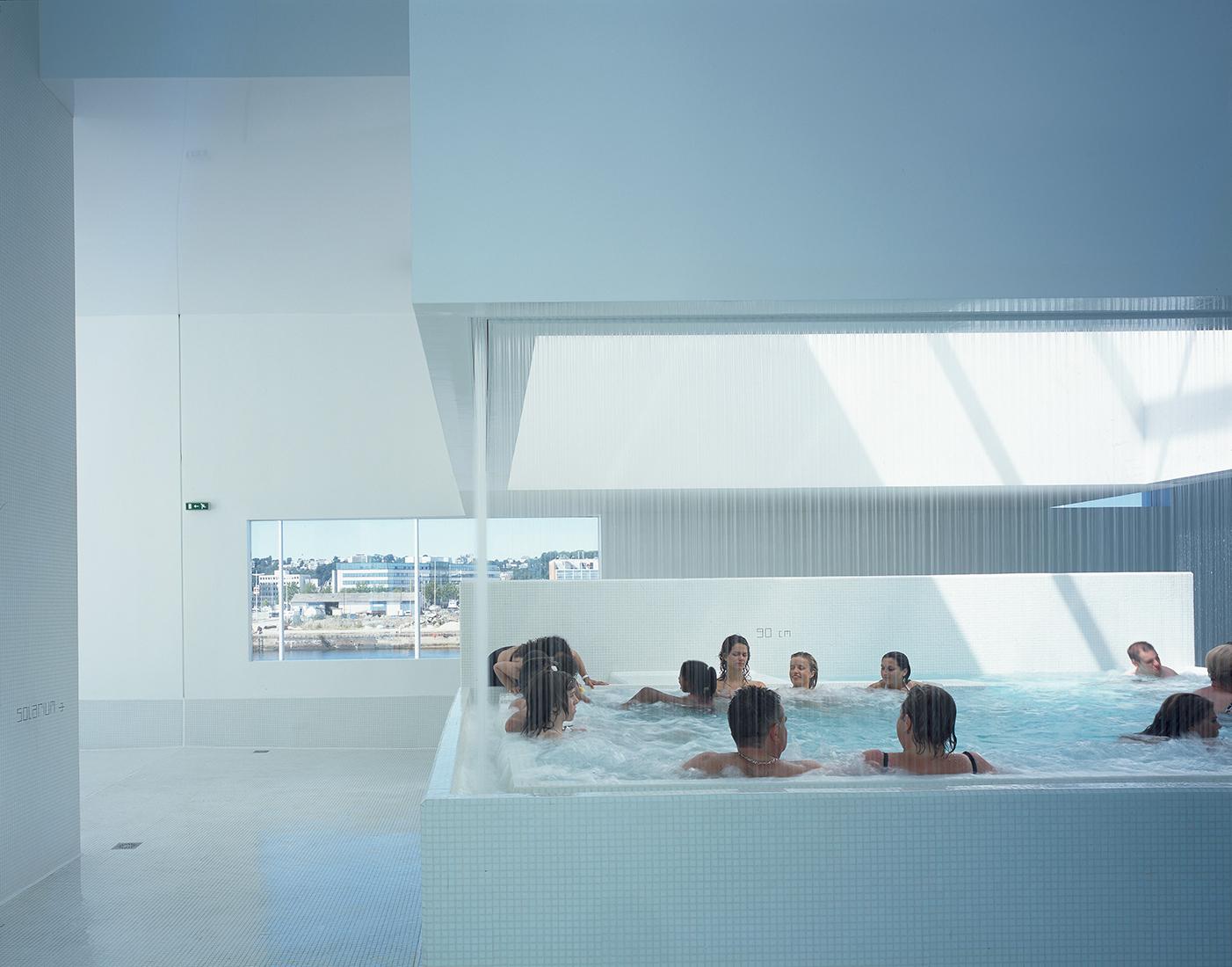 """Aquatic Complex """"les Bains Des Docks"""" — Ateliers Jean Nouvel encequiconcerne Piscine Des Docks Le Havre"""