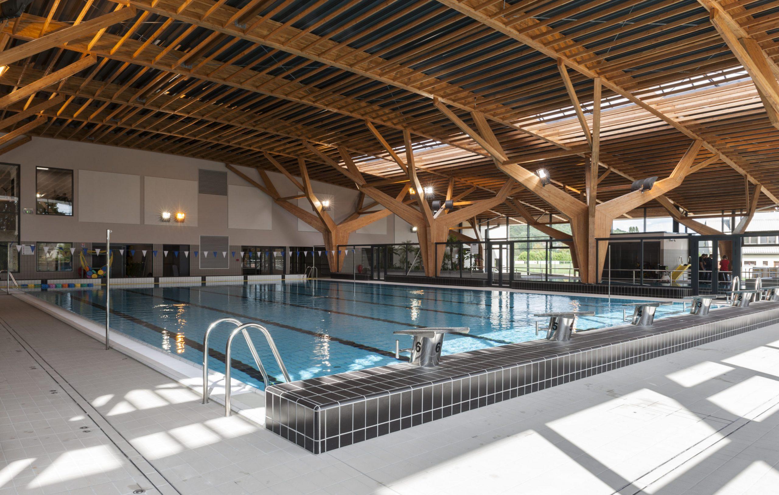 Aquatique – Centre Aquatique Des 2 Vallées Alain Bernard ... dedans Piscine Milly La Foret