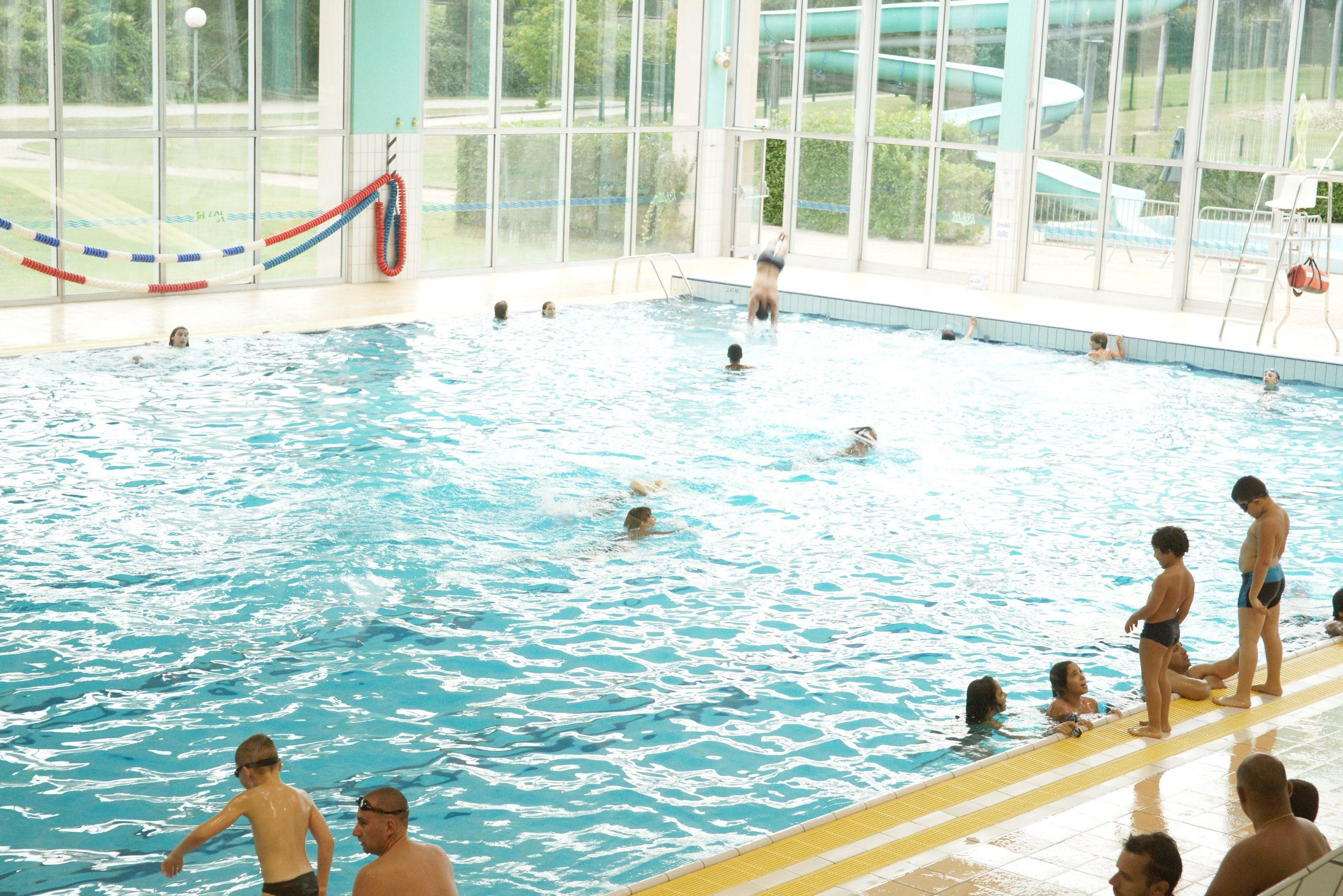 Aquatique - Parc Aquavert serapportantà Piscine De Brignais