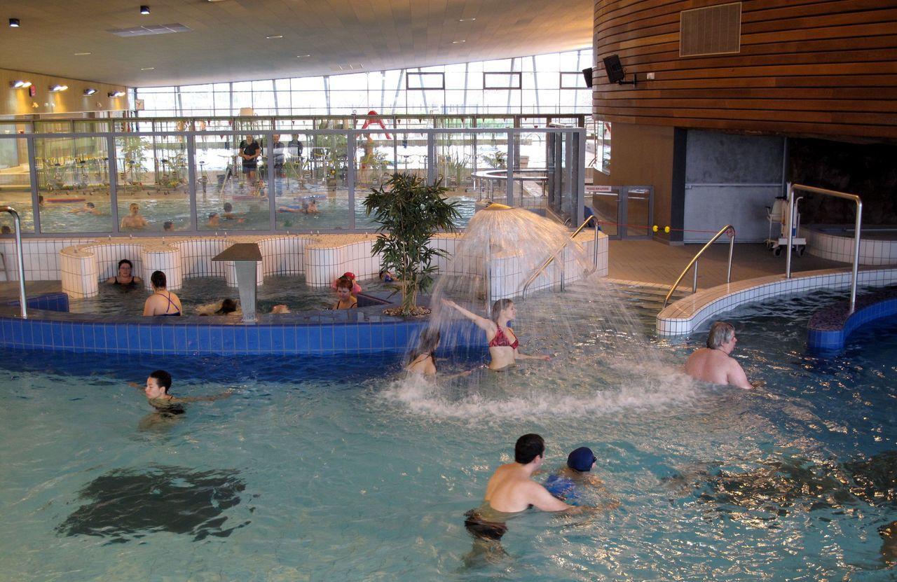 Athis-Mons : Le Centre Aquatique Ferme Deux Semaines Pour ... serapportantà Piscine Val D Orge