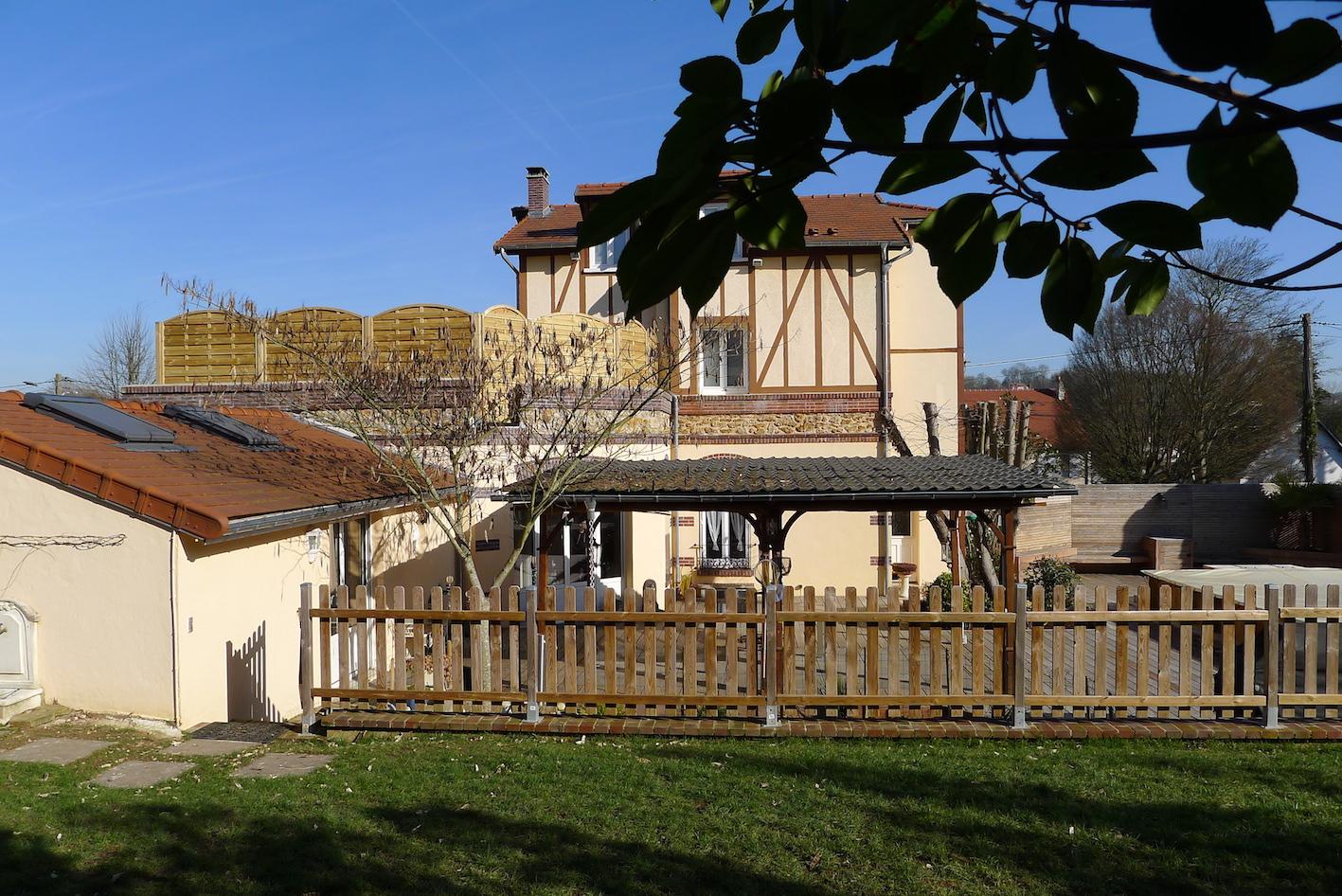 Bailly Romainvilliers-Maison Familiale 1900 Rénovée Avec ... concernant Piscine Bailly Romainvillier