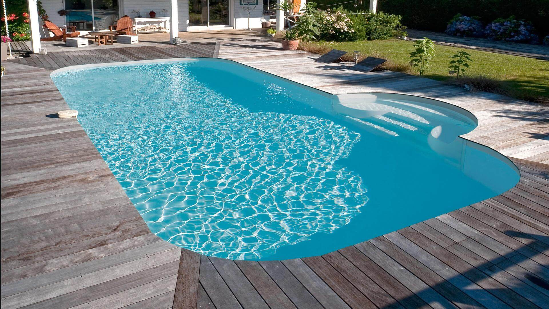 Barbara Rectangular Pool – A Large Design With Rounded Corners serapportantà Liner Piscine Rectangulaire