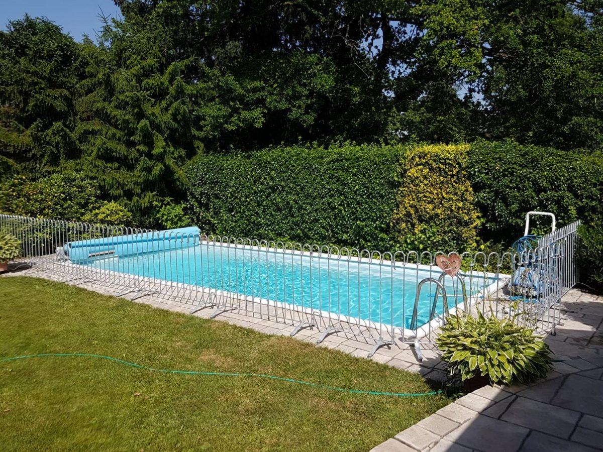 Barrière Piscine Poolfix - Melabel® Clôtures intérieur Barriere Piscine Amovible