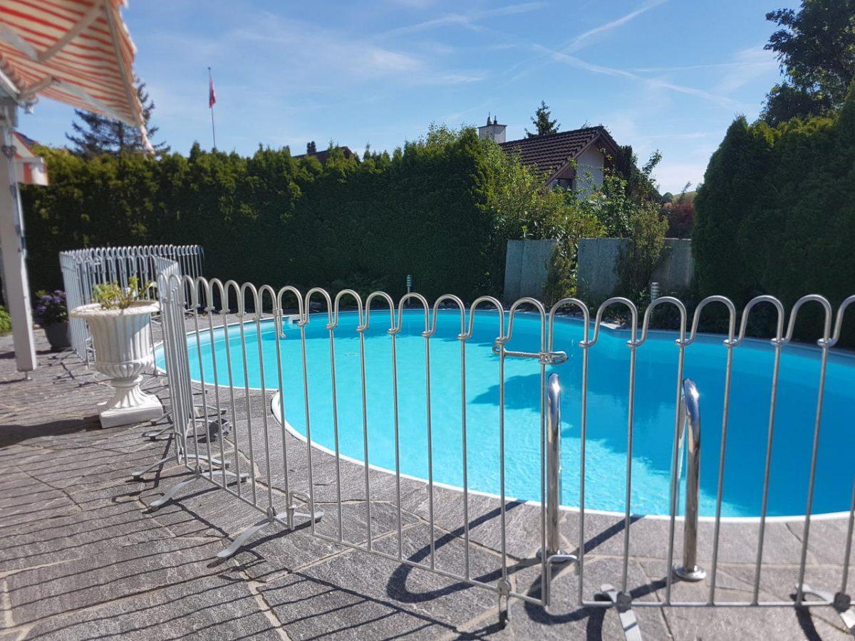 Barrière Piscine Poolfix - Melabel® Clôtures tout Barriere Piscine Amovible
