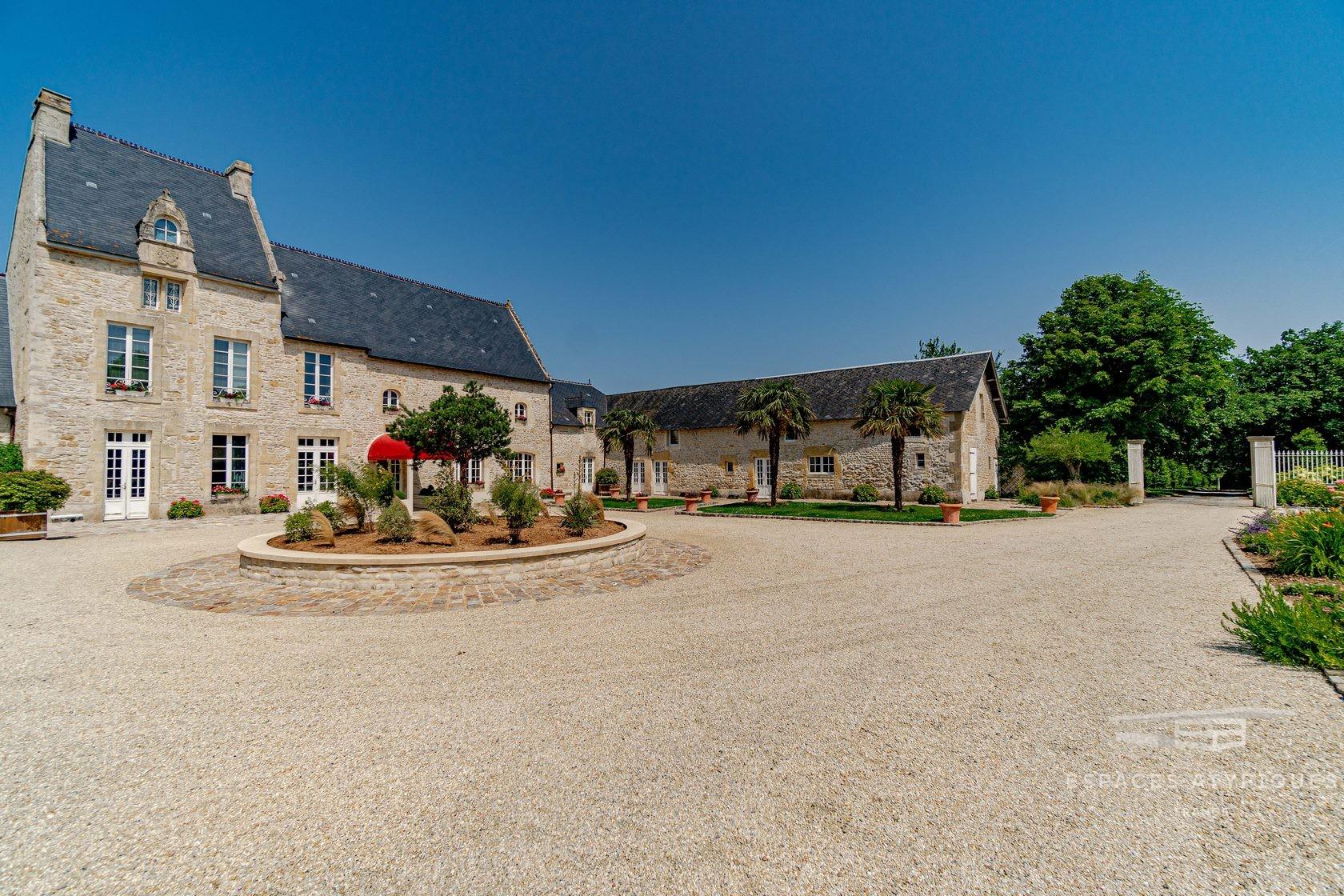 Bayeux : Manoir Du Xviième Renove Avec Piscine Proche Bayeux ... tout Piscine Bayeux