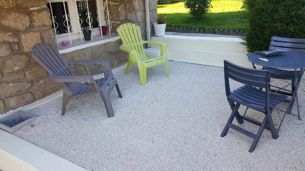 Bed And Breakfast Aux 2 Lots, Sorbiers, France - Booking encequiconcerne Piscine La Talaudiere
